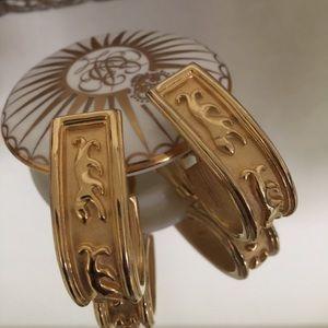 AFJ Jewelry - AFJ Earrings Gold Tone